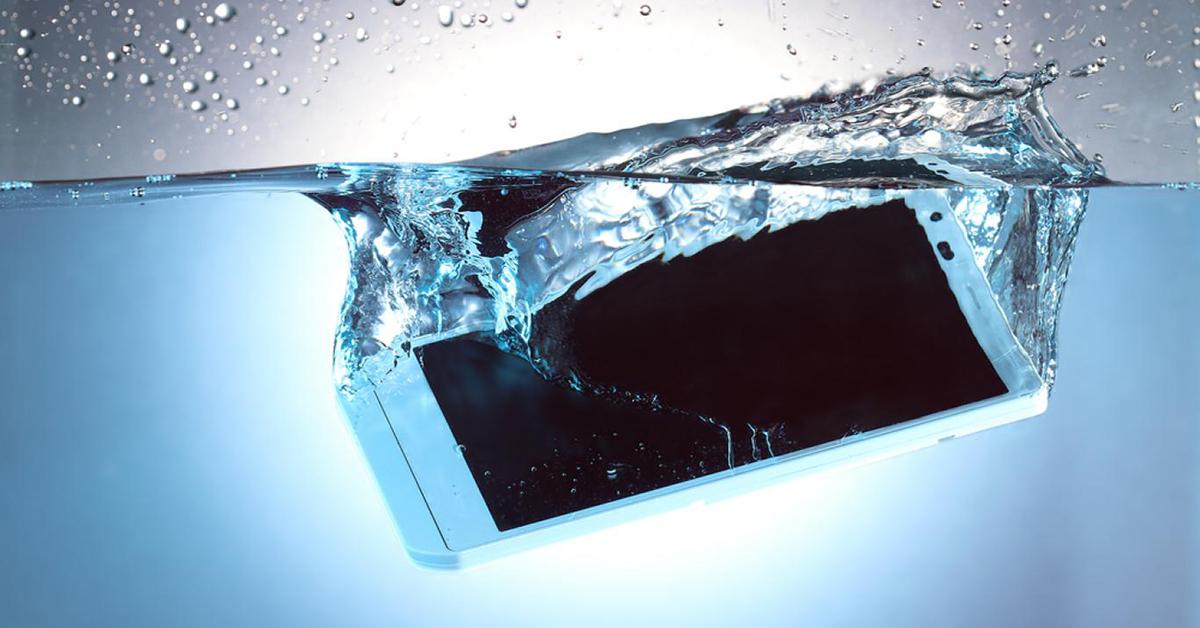 Salvar teléfono mojado
