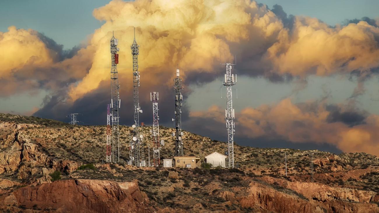 falsas antenas de telecomunicaciones en la paz
